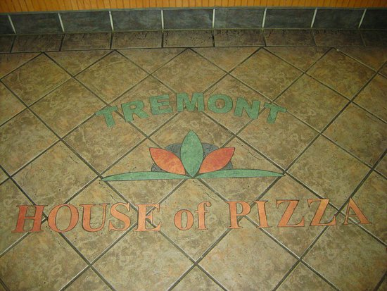 Tremont House of Pizza: Main Dining Area