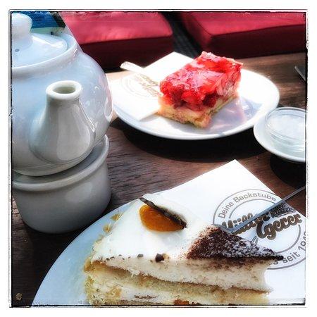 Rastede, Deutschland: Great cakes to enjoy!