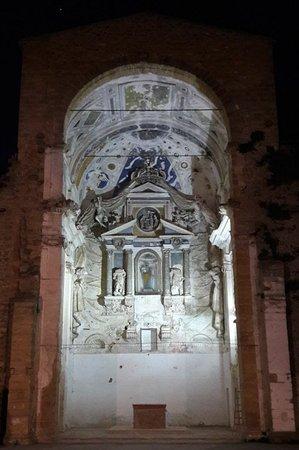 Castelvetrano, İtalya: Veduta notturna