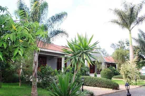 Arusha Planet Lodge: The front view of the lodge