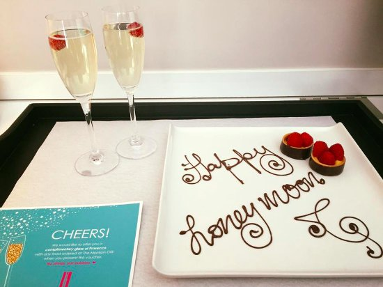 The Morrison, a DoubleTree by Hilton Hotel: Compliments of Jane - So Sweet!