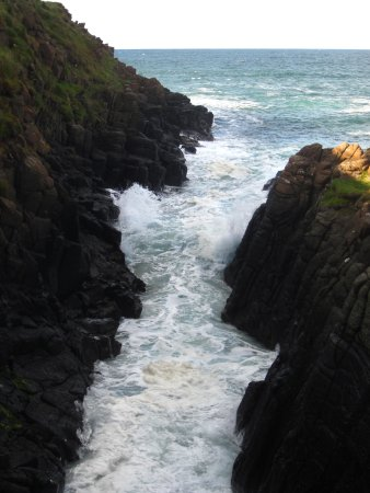 Portrush, UK: The Washtub at Ramore Head