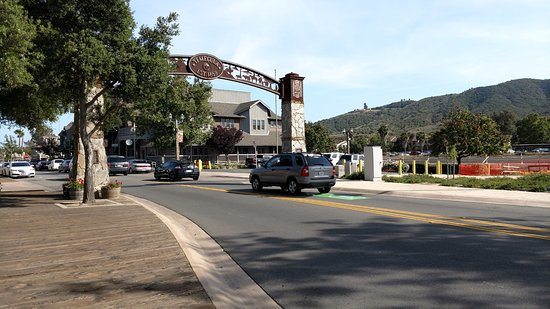 Temecula, CA: Entry to Old Town