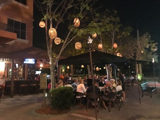 Outdoor Seating Picture Of Rocco 39 S Tacos Palm Beach Gardens Tripadvisor