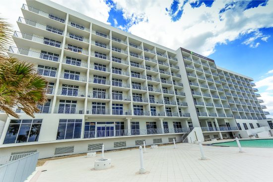 Holiday Inn Express & Suites Panama City Beach-Beachfront