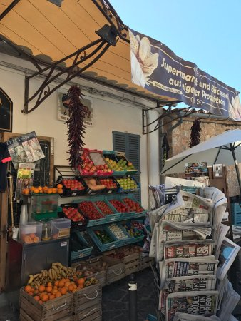 Es Forn  Deia Village shop