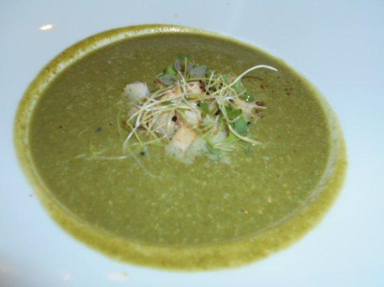 broccoli och spenatsoppa