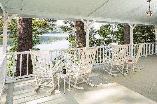 Fairlee, VT: Wapanachee Cottage - Porch
