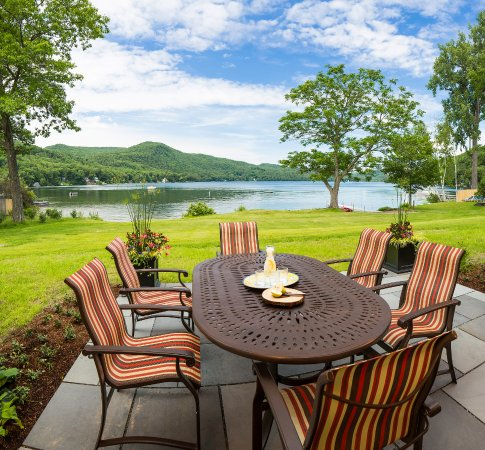 Fairlee, VT: Denslow Cottage - Patio