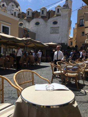 Al Piccolo Bar: Godt udsyn til de forbipasserende turister af alle slags