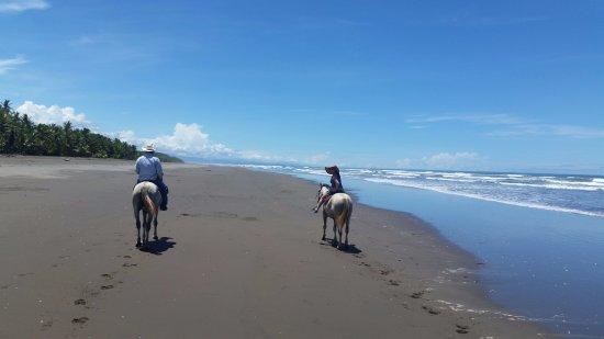 Esterillos Este, Costa Rica: Riding on the (almost private) beach!