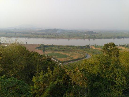 Chiang Saen, Tayland: Rio y Laos.