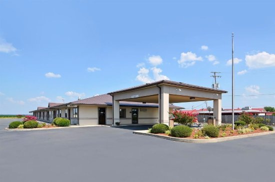 McGehee, AR: Exterior Hotel View