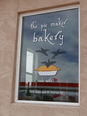 The Pie Maker Bakery: front window