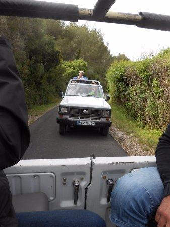 Jeep Safari Menorca: a la queue leu-leu