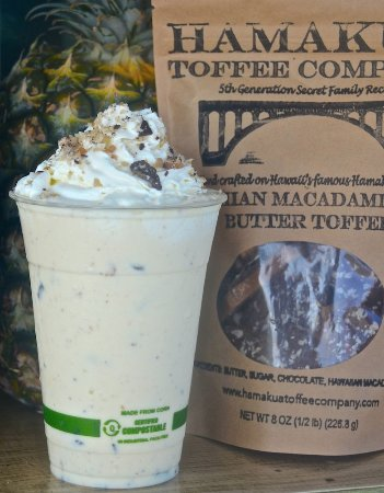 Pepeekeo, Гавайи: Signature toffee shake made with Hamakua Toffee Company macadamia butter toffee