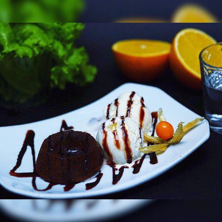 Грибоедов Клуб: десерт - 150 рублей