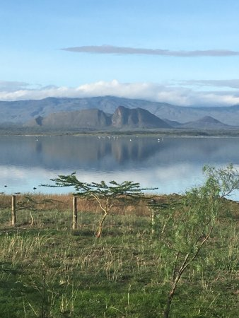 Lake Elementaita, Kenya: The views from Sentrim Elementaita are magnificent. Enjoy the sleeping warrior hill, the wading