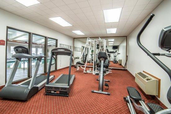 Quality Inn & Suites University : Fitness Center