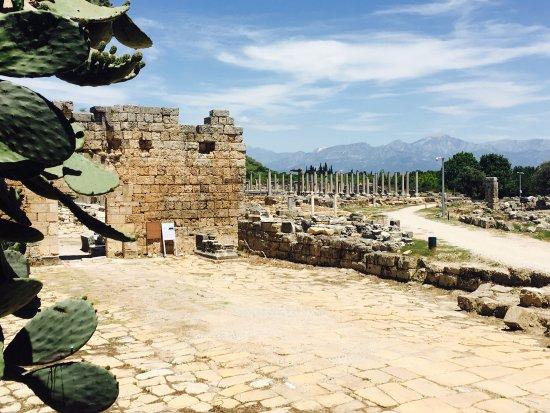 Perge Ancient City : photo2.jpg