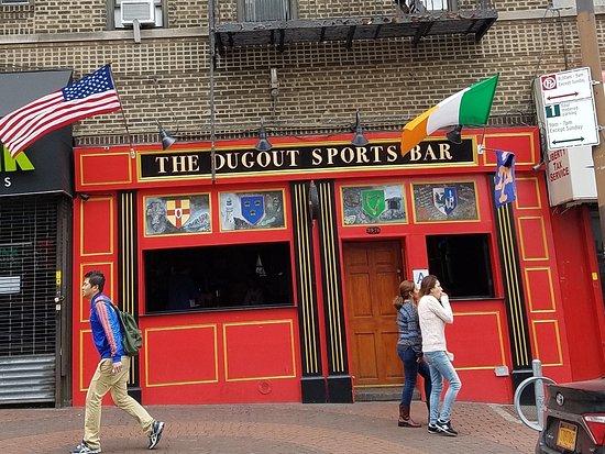 Woodside, NY: the bar