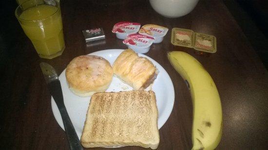 Uno Buenos Aires Suites: sem muitas opções no café da manhã