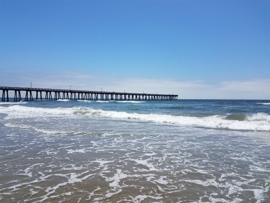 Port Hueneme, CA: 1 block from quiet peaceful beach and pier