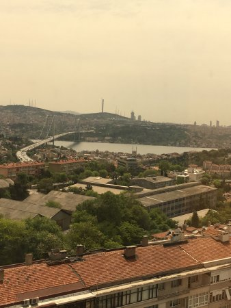 Mercure Istanbul City Bosphorus Hotel: View from room at 12th floor