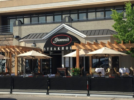 Wayzata, Миннесота: Gianni's Patio