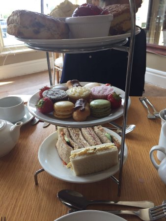 Teddington, UK: Afternoon Tea