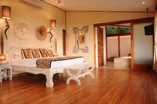 Hotel Moana: Ocean view Honeymoon Suite room
