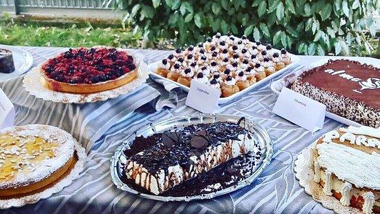 Rosora, อิตาลี: Fantasia di dolci