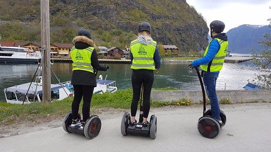 El-tour: The Bay In Flåm!