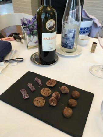 Santa Eugenia de Berga, Ισπανία: Mignardises - thank you! Very generous gift to finish along with some digestifs!