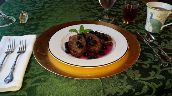 Muskogee, OK: Banana break french toast with Blueberry compote!