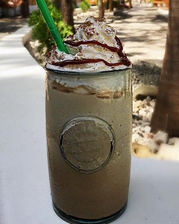 Popoyo, Nicaragua: We make Frappuccinos!