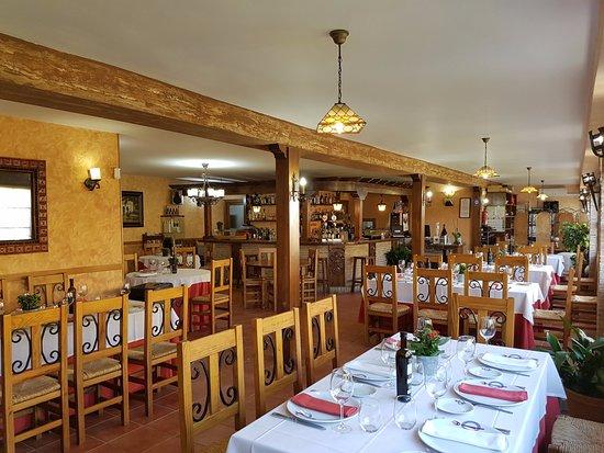 imagen Restaurante Puerto del Emperador en Aldeanueva de la Vera