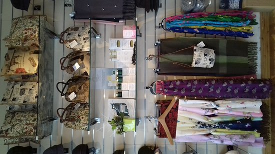 Bluewater Gifts & Crafts照片