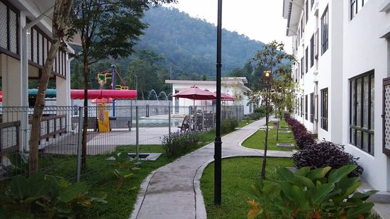 Bentong, Malezya: Morning view of the hot pool