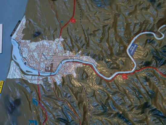 Whanganui, New Zealand: i-SITE's model of Whangnui