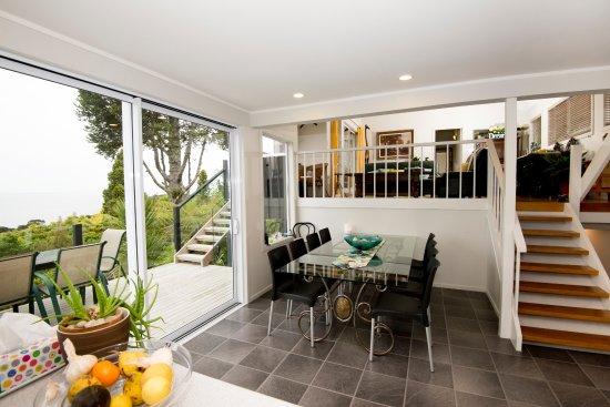 Titirangi, Nueva Zelanda: Dining Room