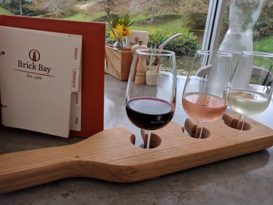 Snells Beach, Новая Зеландия: Wine Tasting Paddle with Descriptions