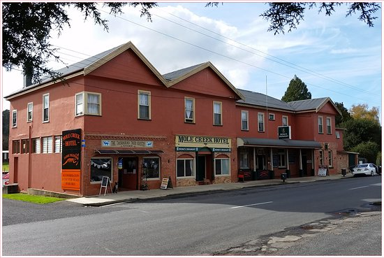 The Mole Creek Hotel & Tassie Tiger Bar