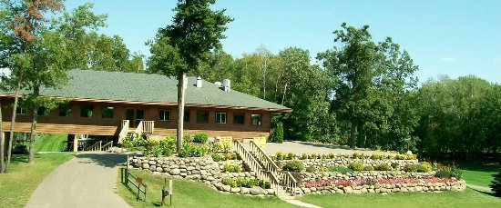 Motley, MN: Club house