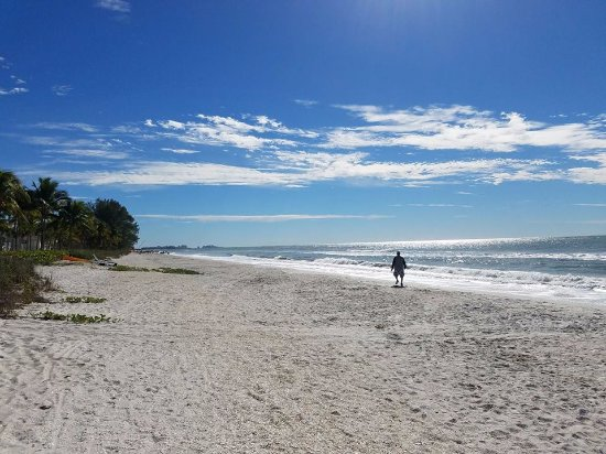 Beach On Sanibel Picture Of Castaways Cottages Of