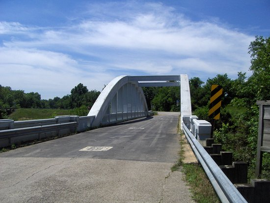 Baxter Springs, KS: The Rainbow bridge
