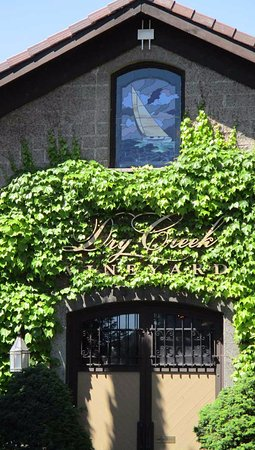Healdsburg, CA: The entrance to Dry Creek Winery with stained glass sailboat