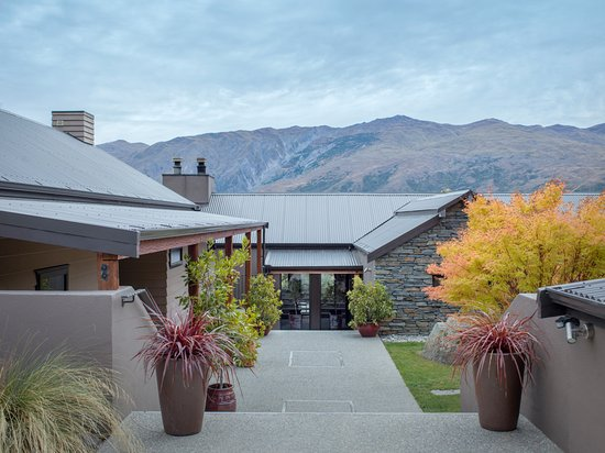 Gibbston, New Zealand: Welcome to Mt Rosa Lodge