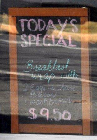 Oberon, Australia: Breakfast special