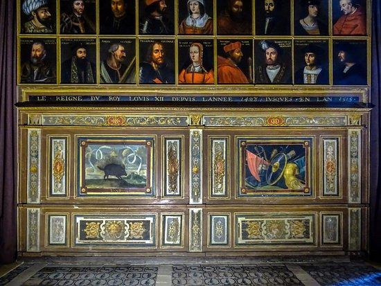 Cellettes, França: Détail de la Galerie des Illustres.